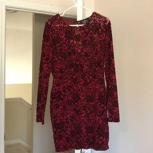 Lulus holiday floral long sleeve dress